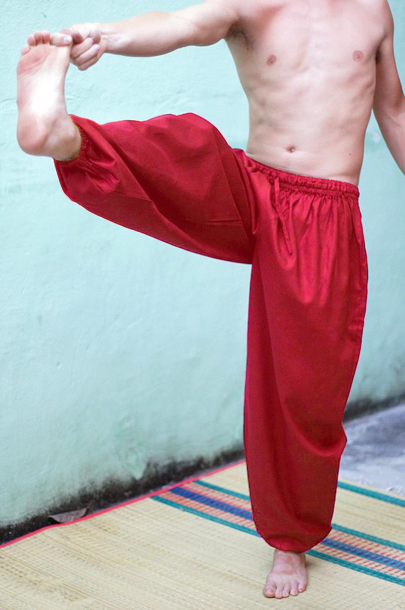 Красные мужские шаровары из хлопка в интернет-магазине индийских товаров Инд-Базар